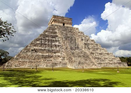 Ancient Chichen Itza Mayan Kukulcan pyramid in Mexico