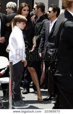 LOS ANGELES - MAY 23:  Victoria Beckham, Brooklyn Beckham, Marc Anthony at the Simon Fuller Hollywood Walk Of Fame Star Ceremony at W Hotel - Hollywood on May 23, 2011 in Los Angeles, CA