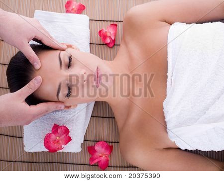 girl getting head massage