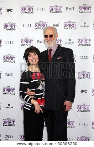 LOS ANGELES - FEB 25:  Anna Stuart, James Cromwell arrives at the 2012 Film Independent Spirit Awards at the Beach on February 25, 2012 in Santa Monica, CA