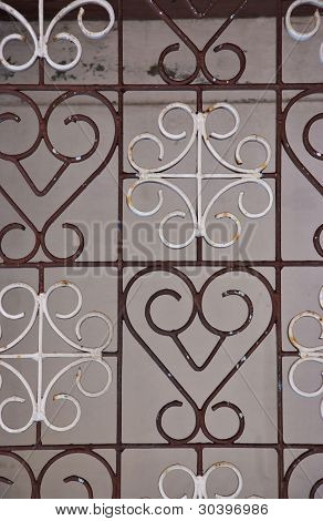 Wrought White And Brown Ornamental Metal Lattice