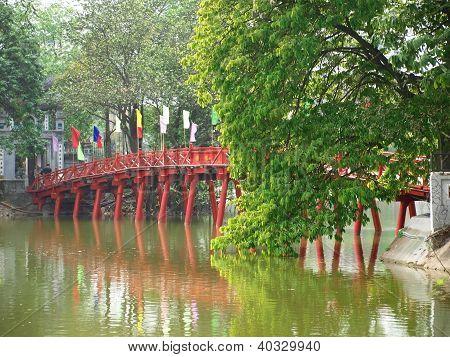 Famous Red Bridge