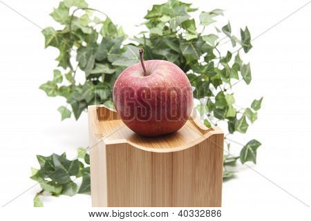 Apple on box