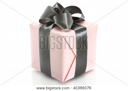 Present box with grey bow