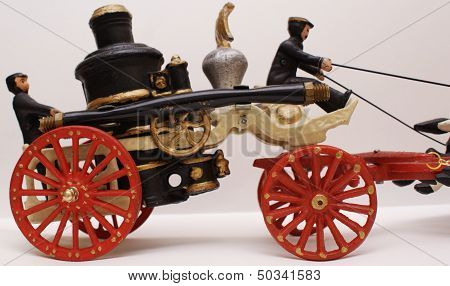 Vintage Cast Iron Toy Horse Drawn Fire Steamer