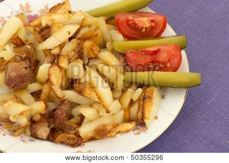 Fried Potato With Pork Cracklings