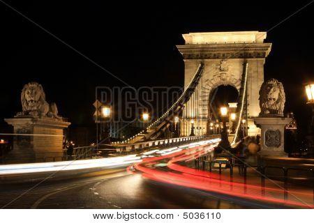 Chian Bridge, Budapest