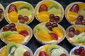 Lemon Custard Tarts With Fruits