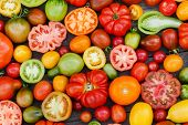 pic of plum tomato  - colorful tomatoes - JPG