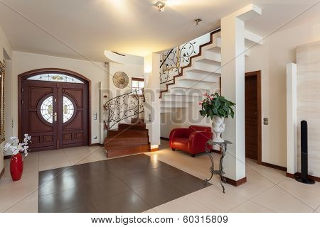 Classy House - Entrance