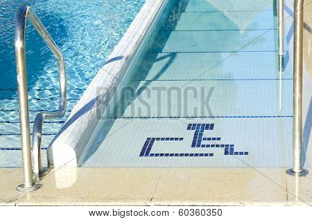 Access To The Pool For Handicapped