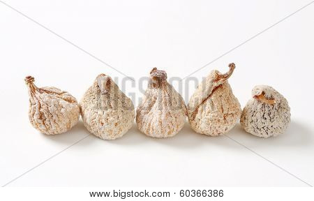 five dried figs breaded with sugar