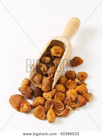 measured portion of dried figs