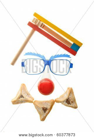 Clown's face - Purim arrangement with Hamentashen