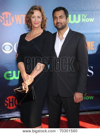 LOS ANGELES - JUL 17:  Janet McTeer & Kal Penn arrives to the CBS-CW-Showtime Summer TCA Press Tour 2014  on July7, 2014 in West Hollywood, CA.