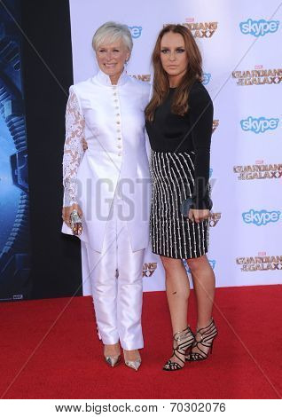LOS ANGELES - JUL 21:  Glenn Close & Annie Starke arrives to the