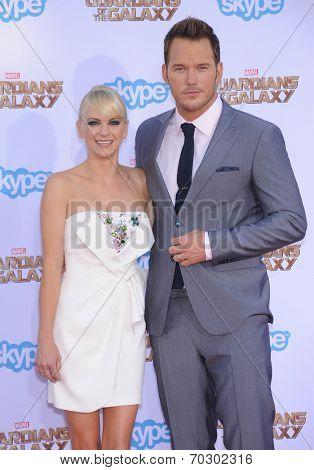 LOS ANGELES - JUL 21:  Anna Faris & Chris Pratt arrives to the