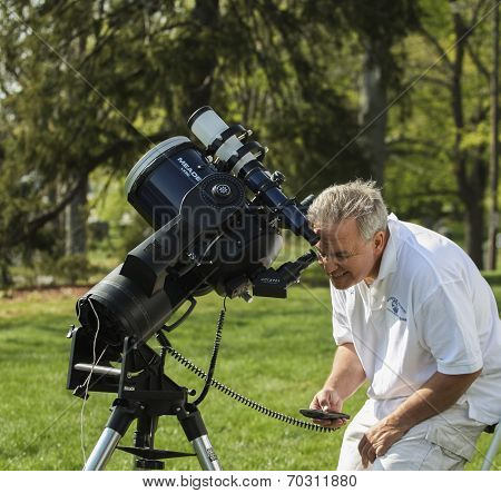 Astronomy Day Solar Viewing