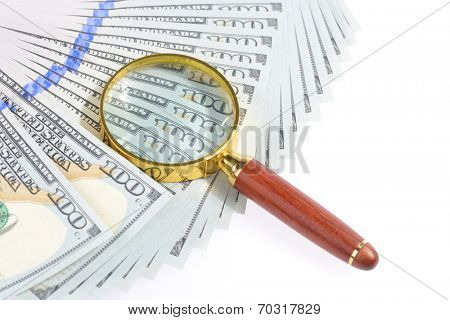 magnifier with dollar