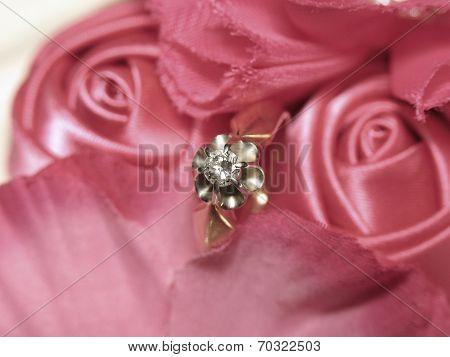 Diamond Ring In Satin Roses