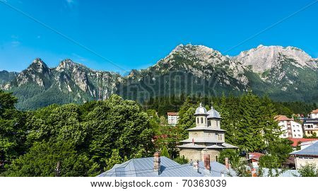 Bucegi Mountain view from Busteni