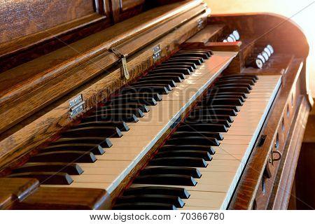 Double Keyboard Piano