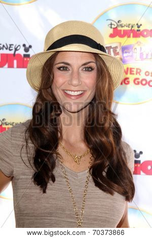 LOS ANGELES - AUG 16:  Samantha Harris at the Disney Junior's Pirate and Princess: Power of Doing Good at Avalon on August 16, 2014 in Los Angeles, CA