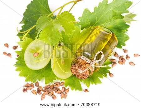 Grape Seed Oil And  Sliced Grape