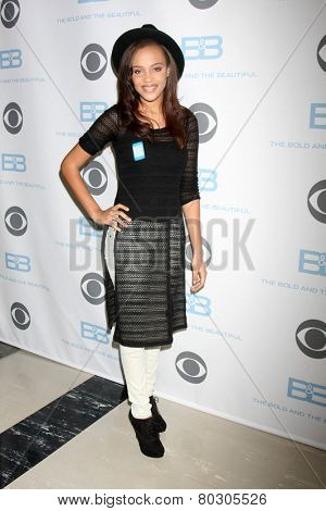 LOS ANGELES - JAN 14:  Reign Edwards as the  Bold and Beautiful Celebrates 7000th Show at a CBS Television City on January 14, 2015 in Los Angeles, CA
