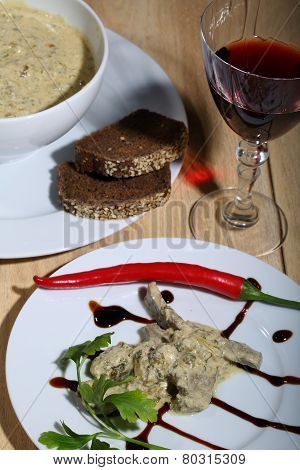 Red Wine And Liver Under Sauce