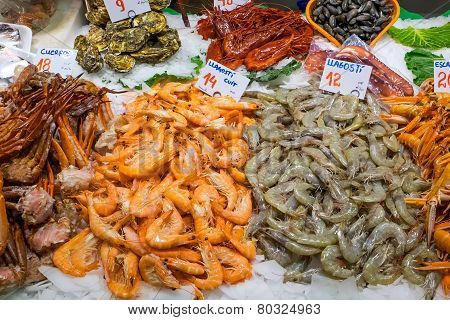 Shrimps and other seafood
