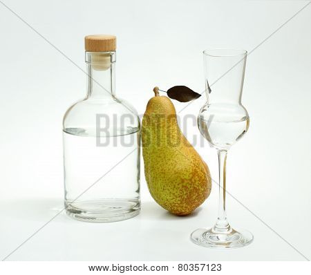 Abate Fetel Pear With Alcohol Bottle And Glass