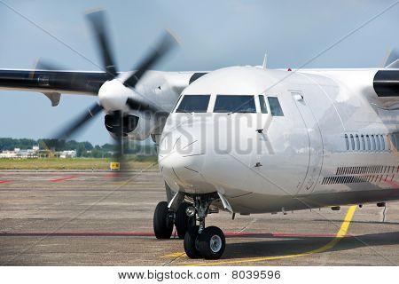 Arriving Aircraft