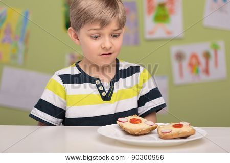 Boy Doesn't Like His Sandwiches