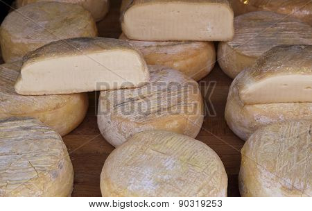 Italian Crafts Cheeses
