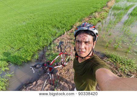 Cyclists Take Yourself Selfie