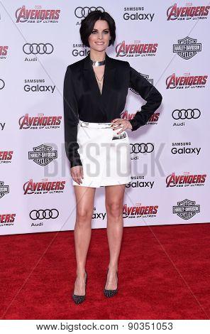 LOS ANGELES - APR 14:  Jaimie Alexander arrives to the Marvel's