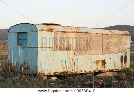 Vintage shack-close