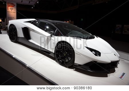Lamborghini Aventador Lp720-450