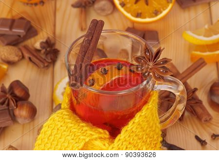 Mulled wine with scarf