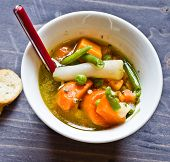 image of vegetable soup  - vegetable soup with carrots green beans potatoes peas and onions into pieces and blend vegetables - JPG
