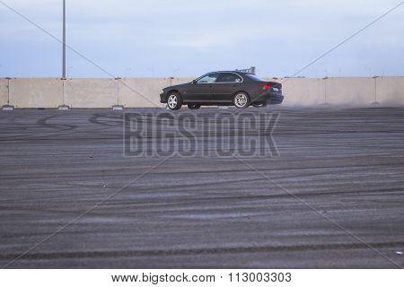 Old-car Bmw 5-series E39 To Drift