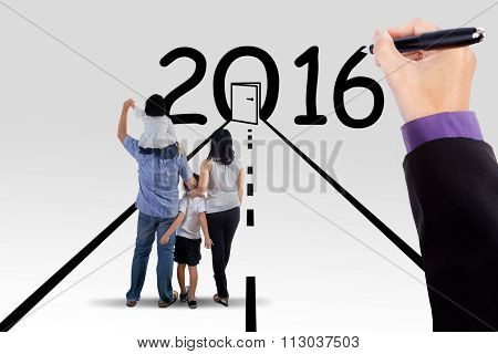 Family On The Way With Numbers 2016