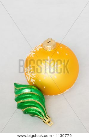 New Year Toy -  Yellow Ball And Green Icicle