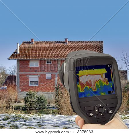 House Facade Profile Thermal Imaging