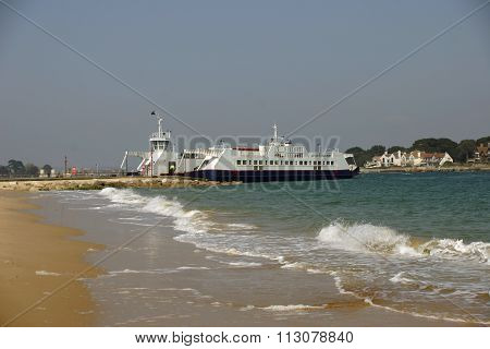 Sandbanks to Studland ferry