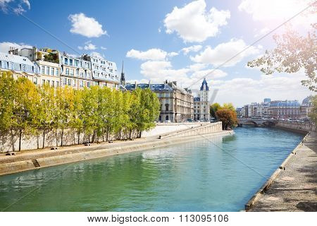 Notre Dame along the Seine river