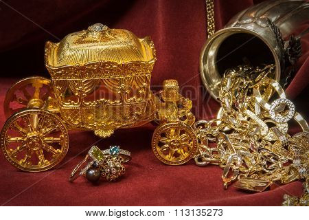 Mixed Gold, Silver And Diamonds Jewelry. Treasure