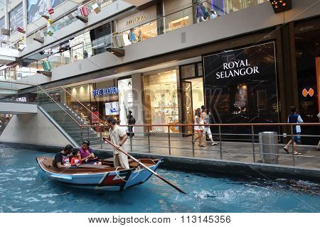 Shopping Mall At Marina Bay Sands Resort In Singapore