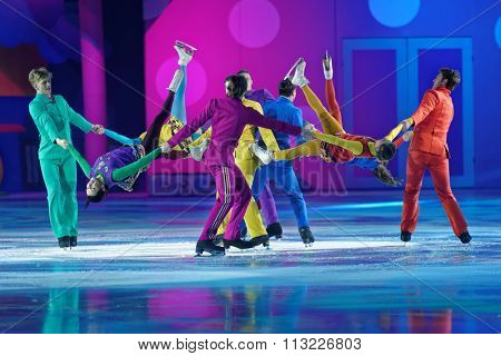 ST. PETERSBURG, RUSSIA - DECEMBER 29, 2015: Figure skaters in a scene of the New Year show Little Brother and Karlsson-on-the-Roof of Ilya Averbukh in the Sports center Yubileyniy